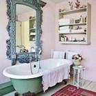 Какое зеркало в ванную комнату стоит купить?