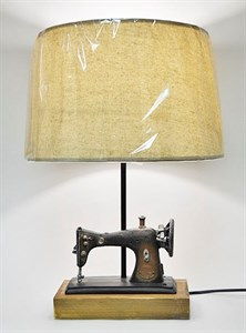 "Лампа настольная ""Швейная машинка"""