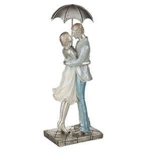 """Статуэтка """"Влюбленные под зонтом"""""""