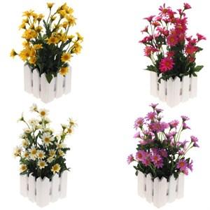 Искусственные цветы в деревянном кашпо в ассортименте