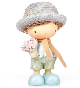 """Статуэтка """"Мальчик с цветами"""""""