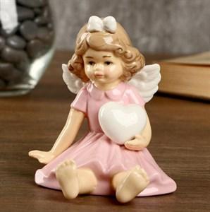 """Статуэтка """"Девочка-ангел с сердцем"""""""