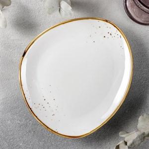 Блюдо для подачи 21х19 см белое