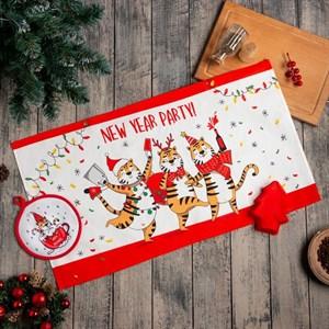 Подарочный набор новогодний: полотенце, прихватка, силиконовая форма